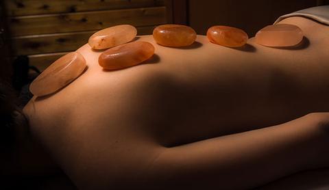 Đá Muối Massage Là Gì? Hỏi Đáp Về Đá Muối 3